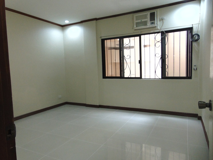 4-bedroom-partially-furnished-house-in-banilad-cebu-city