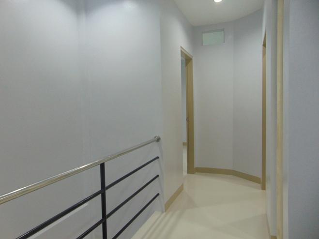 brand-new-un-furnished-3-bedroom-apartment-in-basak-san-nicolas--cebu-city