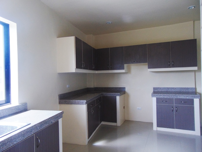 2-bedroom-furnished-apartment-for-rent-in-mandaue-city-cebu