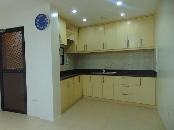 4-bedroom-un-furnished-house-in-banilad-cebu-city