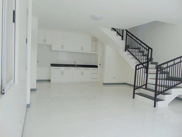 4-bedrooms-apartment-located-in-banawa-area-cebu-city